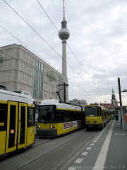 Berlin Alexanderplatz 9 sm.jpg (89476 bytes)