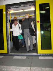 Berlin low floor doorway sm.jpg (105873 bytes)